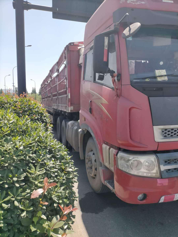 青岛解放其他车系 牵引车  430匹 2012年11月 6x4